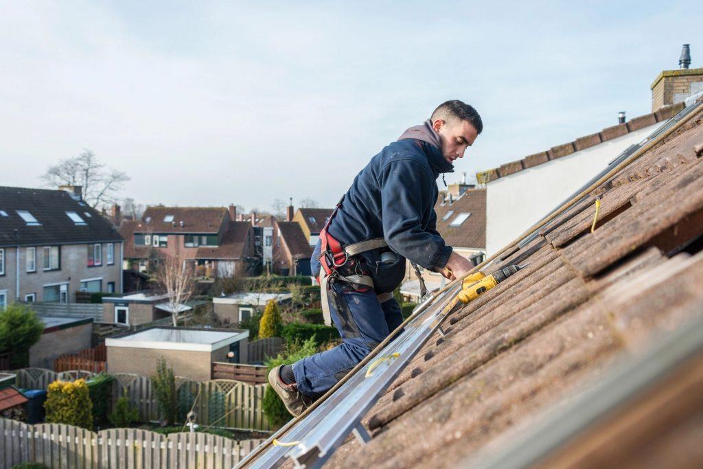 roof leak repair spray