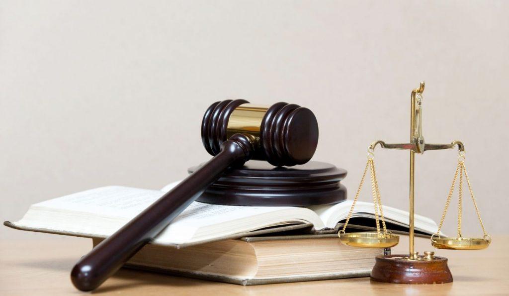 defense attorney salary 2018