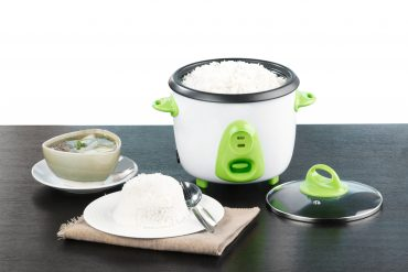 Electric rice cooker pot a nice kitchenware
