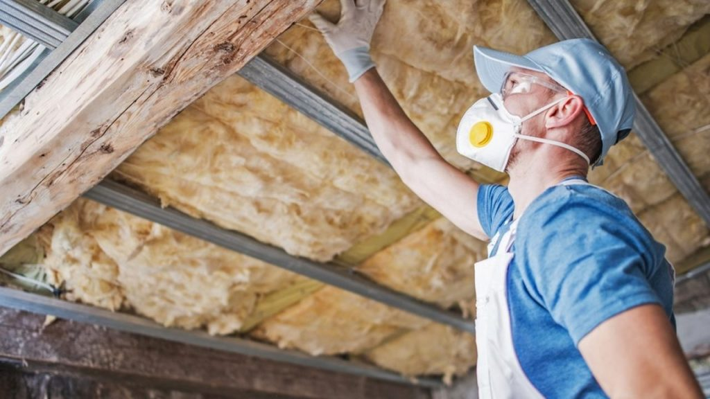 Roof-Insulation-service