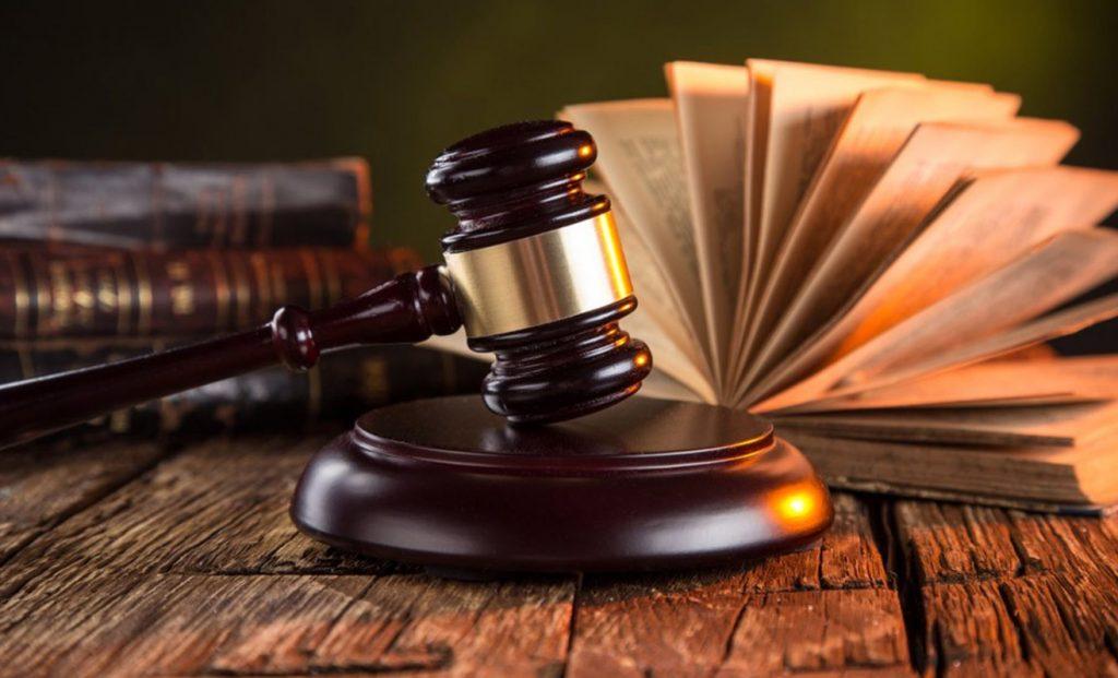 lawyer starting salary
